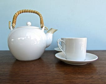 Vintage Demitasse Tea or Espresso Cups & Saucers, Set of 2, Modern Porcelain