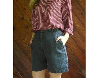 Dusty Blue High Waisted Bermuda Dad Shorts - Vintage 90s - S/M