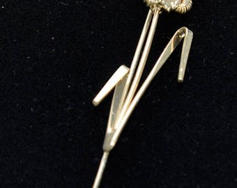 ON SALE Floral Stick Pin, Vintage, Gold tone, White (N9)
