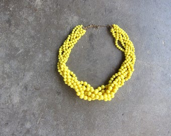 Vintage Yellow Bead Necklace Multi Strand Necklace Plastic Choker Mod Necklace Pastel Chunky Braided Beaded Costume Jewelry Hipster Womens