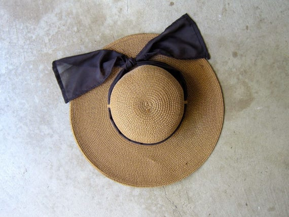 Vintage 90s Straw Brimmed Sun Hat Preppy Floppy Modern Summer Spring Natural Woven Straw Hat with Wide Brim Brown Ribbon Womens Small Medium