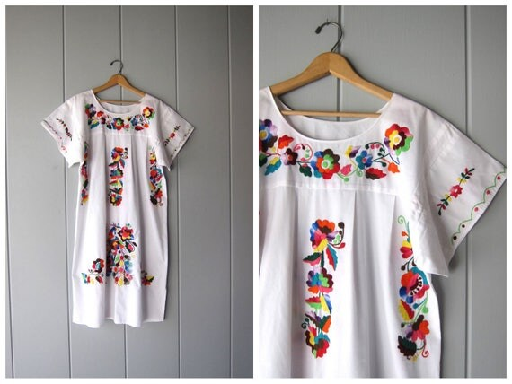White Mexican Dress Boho Embroidered Cotton Hippie Floral Ethnic 80s Bohemian Vintage Embroidery Traditional Womens Large