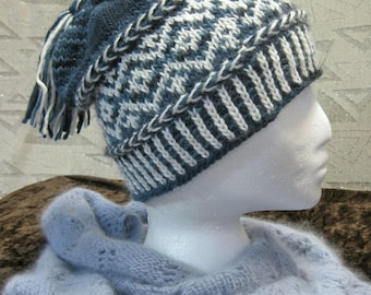 Green and White Wool Blend Tasseled Hat