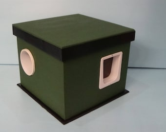 Outdoor Cat House for stubborn cats/Heated Pad/2 Doors, bed, shelter,condo,sanctuary,insulated,kitty