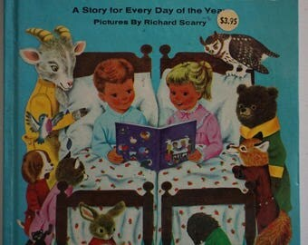 Vintage The Golden Book of 365 Stories  A Big  Golden Book  1972 ed. A story A Day  Pictures by Richard Scarry