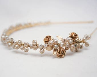 Champagne and Gold Wedding Headband of Vintage Pearls and Gold Broach, Dark Ivory Vintage Bridal Tiara Beaded Bridal Headpiece