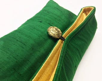 Emerald Green Silk Clutch, Gold Evening Bag, Holiday Fashion, Christmas Fashion, New Year's Eve Purse, Christmas Gift Under 15, Gift For Her