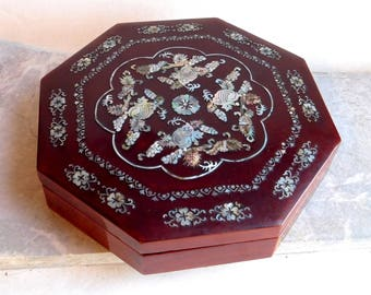 RESERVED for Jamie Vintage Asian Lacquered Wooden Octagonal Box w/ Inlaid Mother-of-Pearl - Bendo Style Sushi Box - Japanese or Korean