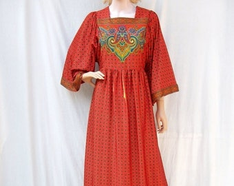 SALE 70s Orange Red Maxi Dress size Small to Medium Bell Sleeves Paisley