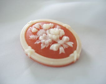 Avon Floral Cameo Brooch, Faux Coral, Creamy White, Bouquet Daffodils, Framed, Jewelry pin, Costume jewelry, 1970s