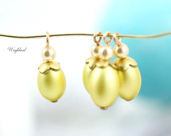 Luster Yellow Vintage Plastic Faux Pearl 20mm Oval Bead Caps Charms Dangles Drops  - 4