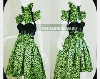 Cheetah Shoulder collar  Shrug Wrap and Midi Skirt Anime Cosplay Manga  Ringmaster Burlesque
