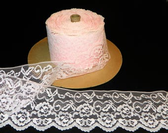 Wide Lace in Light Pink, 5 Yards of Lace Trim 3 7/8 Inch Wide, Light Pink Color, New Old Stock Binding Trim