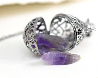 BANU locket necklace with Amethyst