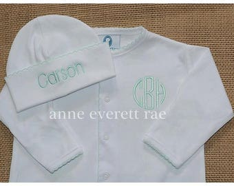 Unisex Coming Home outfit- Coming Home Outfit-Baby Clothes-Gender Neutral Green Trim Converter Gown-Thatchers Converter Gown-New Baby Gift