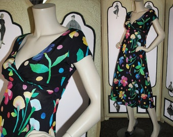 Vintage Early 1990's Dress with Empire Waist and Retro Floral Print. Small. Georgiou Sport.