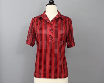 vintage 80s top / 1980s top / red and black houndstooth striped blouse / 80s short sleeve blouse / henley shirt / nikki / medium large