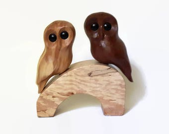 Wood Anniversary Gift, Handmade Owl Wood Carving, Wedding Gift, Anniversary Gift, Cake Topper