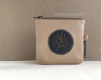 SQUARE Coin card purse. Vegan leather in dark and latte brown with embroidery