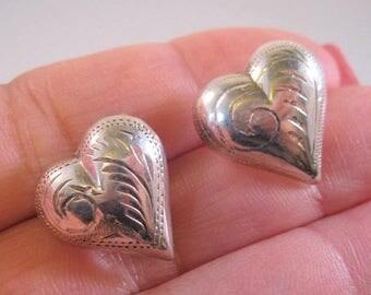 XMAS in JULY SALE Puffy Heart Sterling Silver Pierced Earrings Estate Jewelry Jewellery