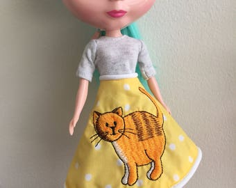 Yellow kitty skirt for Blythe poodle skirt style
