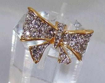 SALE Vintage Clear Rhinestone Bow Ring.  18K GE Rhinestone Ribbon Bow Ring.