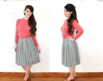 ON SALE 1960s Plaid Skirt / 60s Plaid Pleated Wool Skirt