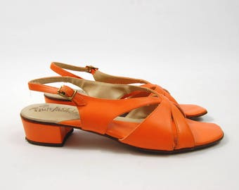 1960s Bright Orange Sandals - Size 7 S // Made in Italy Fun Fashions // Strappy sandals