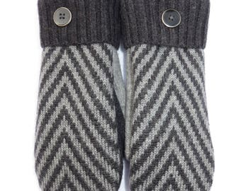 Fleece Lined Mittens // Wool Mittens from Recycled Wool Sweaters // Charcoal and Gray Herring Bone Pattern
