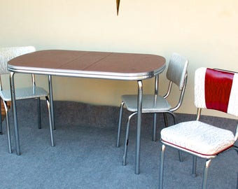 Vintage Red Formica Table And Three Chairs PIcK UP ONLY In Westchester Il