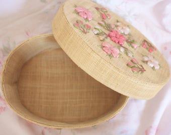 Woven Box - Raffia Flowers