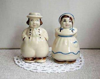 Shawnee Dutch Boy Girl Shakers, Salt, Pepper, Farmhouse Table Decor, Ceramic Figurines, Vintage 1940s Pottery, Kitchen Dining, Jack and Jill