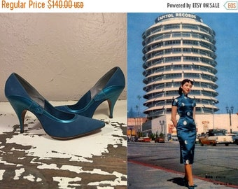 Anniversary Sale 35% Off Her First Adventure in LA - Vintage 1950s Teal Turquoise Blue Nubuck & Metallic Leather Stiletto Heels - 6/6.5