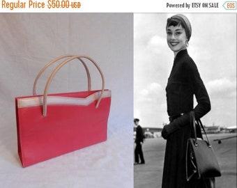 Anniversary Sale 35% Off I Shall Be Most Elegant - Vintage 1950s Lennox Carnelian Pink Faux Leather Handbag