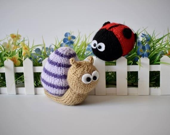 Knitting Pattern For Toy Snail : Sammy Snail and Lil Ladybug toy knitting patterns