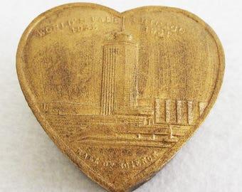 Vintage 1933 Chicago World's Fair  Hall of Science Souvenir Heart Shaped Trinket Box