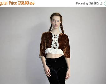 FLASH SALE - Vintage 1960s Brown Velvet White Lace Boho Hippie Mod Crop Top - 60s Cropped Top - 60s Clothing - WV0356