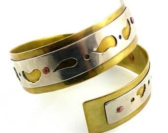 BIG Vintage 1970s Handmade Modernist Mixed Metals Brass Silver & Copper Crossover Bangle BRACELET