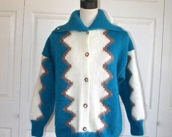 50% OFF SALE Vintage Mohair Knit Cardigan Sweater Coat . Tribal Ethnic Design Blue Ivory Mohair Knit Oversize Sweater Jacket . Sz Large . Ex