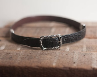 26-28 Small Black Leather Belt - Pressed Leather Faux Croc - Vintage Rustic Ladies - with metal accents
