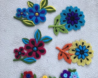 Floral Appliques Threaded Pop Art Flowers Multi-colored MOD flowers BOHO Trim Cotton 70's trim Sewing Notions Pop Art Flowers Lot of 7