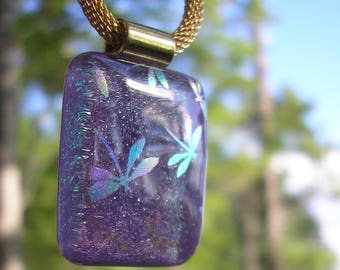 Dragonfly Pendant Soft Purple Sparkle Dichroic Fused Glass Jewelry Gold Necklace Iridescent Dragonflies Purple Pendant Space Glass Dichronic