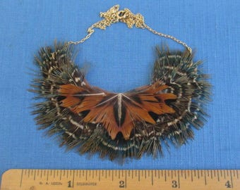 "Vintage Handmade Feather Necklace - 16"" Gold Tone Chain"
