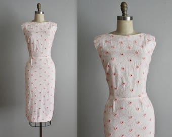 50's Embroidered Dress // Vintage 1950's Embroidered White Linen Eyelet Henry Rosenfeld Fitted Garden Party Dress M