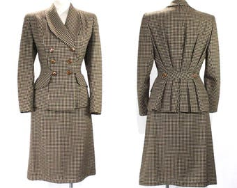 Size 8 1940s Suit - Brown Checked Wool Jacket & Skirt with Caramel Plastic Buttons - Beautiful Tailoring - Pleated Back - Waist 27 - 49190