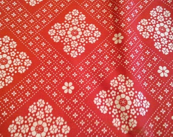 White Floral Print on Red Background Cotton Fabric 2 Yards X1159