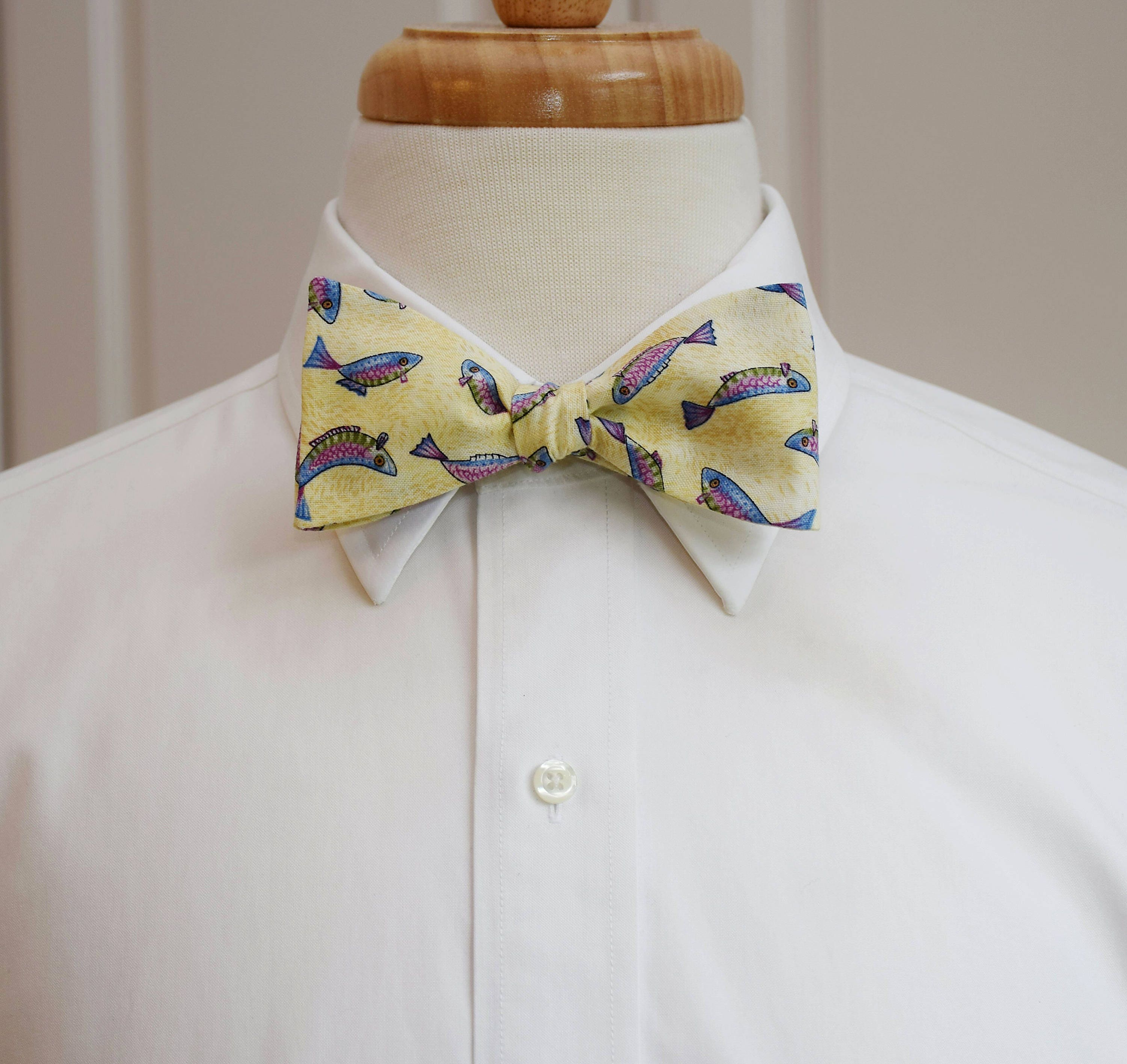 Men 39 s bow tie fish ivory cream fisherman 39 s bow tie for Fish bow tie