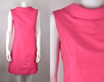 "60s hot bright pink dress with bias roll collar B36"" W32"" H40"" S-M 