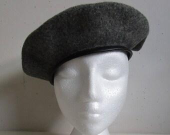 Wool Beret Vintage 1980s Charcoal Grey Felt Black Faux Leather 80s Ladies Hat Medium