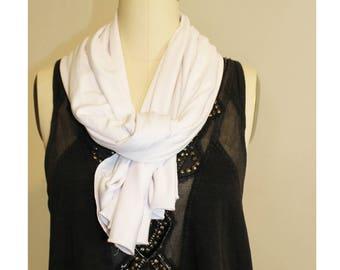 A soft Summer scarf // White scarf